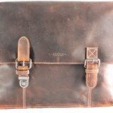 Messenger bag van lichtbruin buffelleer - Arrigo.nl