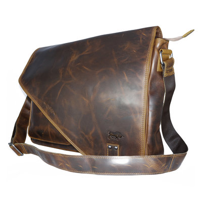 Waxed leather XL messenger bag with flap, brown