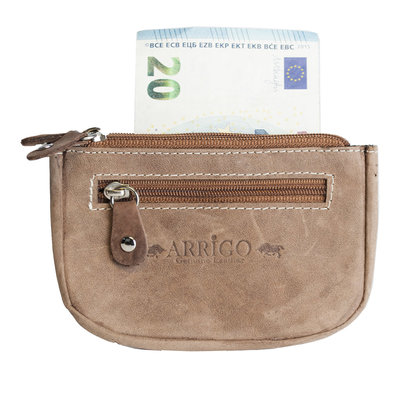 Key pouch made of cognac buffalo leather with 3 compartments with zipper and 2 key rings