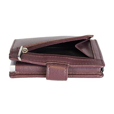 Pasjeshouder met cardprotector gemaakt van bordeaux rood rundleer