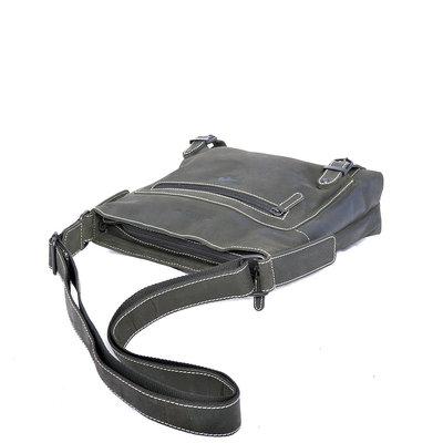 Buffelleren schoudertas met 2 gespen in de kleur zwart