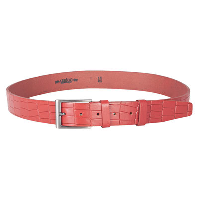 Clothing belt of red leather with trendy croco print, 3.5 cm wide