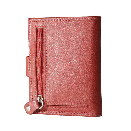 Card holder made of cow leather in the color red