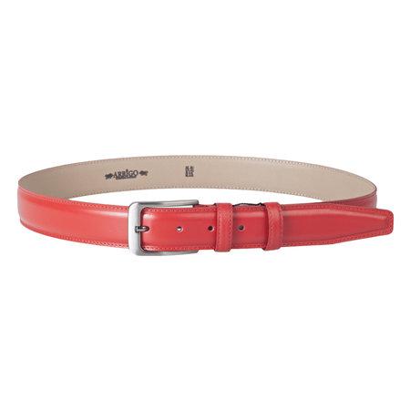 Leren riem in de kleur rood met een stijlvolle zilverkleurige gesp