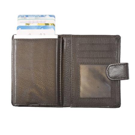 Pasjeshouder met cardprotector van donkerbruin leer