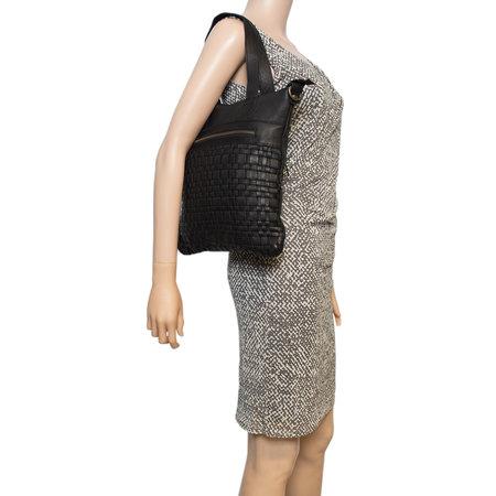 Zwarte Schoudertas Voor Dames Van Gevlochten Leer