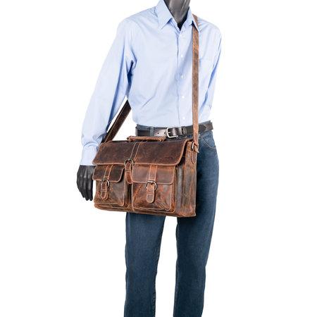 Messenger Bag Van Lichtbruin Leer Met Klep En Gespen