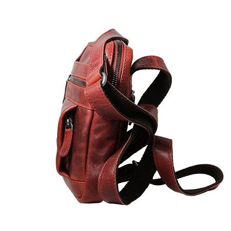 Compact rood rundlederen schoudertasje