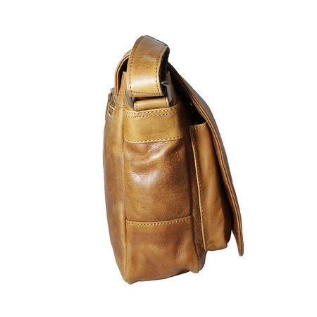Rundleren messenger tas met klep en schouderband, cognac